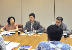 Chinese investors interested in the tourism industry visit Okinawa