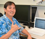 Okinawan information exchange social networking site set up by a third-generation Okinawan from Hawaii proves to be popular