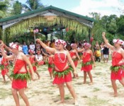 300 people attend the opening ceremony of the Okinawan House built in New Caledonia