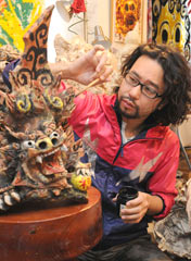 """Good luck"" <em>shisa</em> cheer up Fukushima at an exhibition in Koriyama"