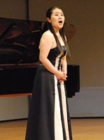 Mezzo soprano soloist Sayaka Shigeshima signs a two-year contract with the Weimar National Theater in Germany