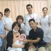 Tiny baby grows steadily thanks to devoted nursing