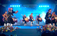 Worldwide Youth <em>Uchinanchu</em> Festival closes with local festival in Sao Paulo