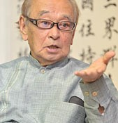 Governor stresses that his stance demanding the relocation of Futenma Air Station outside of Okinawa will not change