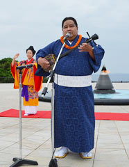 Third generation Okinawan descendant donates CDs to Peace Memorial Museum
