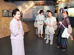 Museum to end program of sending Himeyuri survivors out for lectures