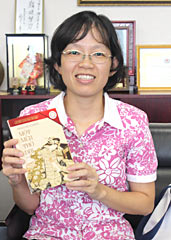Researcher publishes Japanese author Higuchi's works in Vietnamese