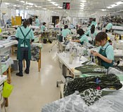 Shipping volume of kariyushi shirts expected to exceed 400,000 items in 2013