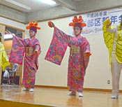 Haebaru Town revives traditional performance of <em>Haberu moui</em> for the first time in 64 years