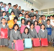 Kadena Elementary School pupils to send satchels to Afghanistan