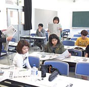 Ryukyu Shimpo and University of the Ryukyus hold newspaper course