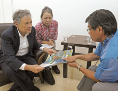 Okinawa reversion's key negotiator meets Nago Mayor in Okinawa