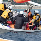 Coast Guard officer takes excessive action against female citizen: Japanese government cites safety measurement