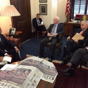 Gov. Onaga and Sen. McCain agree to continue dialogue on the Futenma and Henoko issue