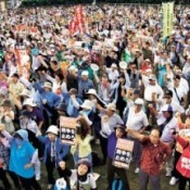 2,500 protesters gather in Okinawa as part of national action against new security bill