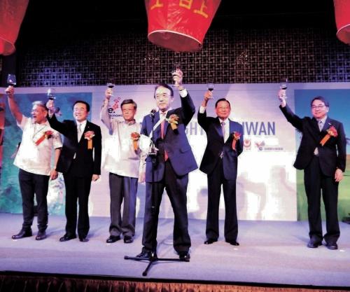 Gov. Onaga hosts event in Taiwan to promote Okinawa tourism