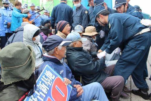 Former JSDF member calls sit-in at Camp Schwab a bulwark against militarism
