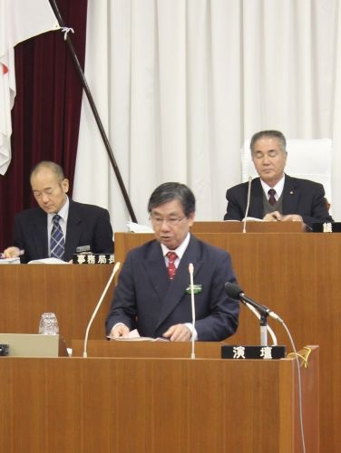 Mayor Inamine resolves to continue efforts blocking Henoko relocation