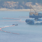 Okinawa Defense Bureau begins float removal around Henoko