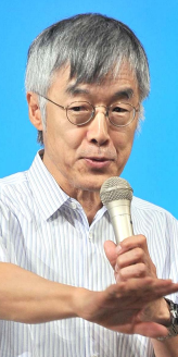 Genichiro Takahashi emphasizes importance of Okinawan view of the constitution
