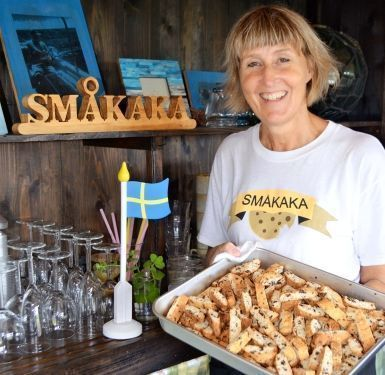 Swedish emigrant to Kumejima turns Okinawan old house into North European restaurant