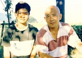 Shizue Yogi next to Tsuguo Sakumoto during a training camp for Urasue High School's Karate Club (Provided by Kiyomi Yogi)