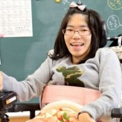 Physically challenged Ishikawa enters Okinawa International University for her new dreams
