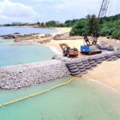 Henoko embankment work has continued for a month