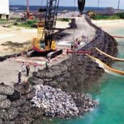 Central government disregards Okinawa's guidance, forces further Henoko embankment work