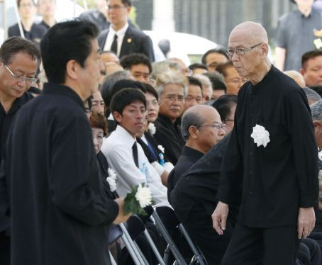 Okinawa and Japan renew their tensions at memorial ceremony over base issue