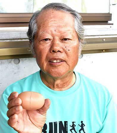 Chicken owner in Yomitan is surprised to find egg in capsule form