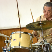 83-year-old drummer Yoshio Kinjo broke out into the world as Okinawa's jazz pioneer