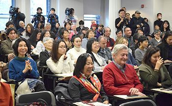 Okinawa governor delivers speech in New York, hoping diversity can encourange peace