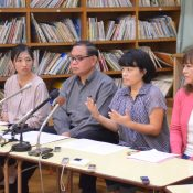 "A Ginowan parents group from Midorigaoka call for the Okinawa base referendum to proceed, ""Do not rob us of the right to vote"""