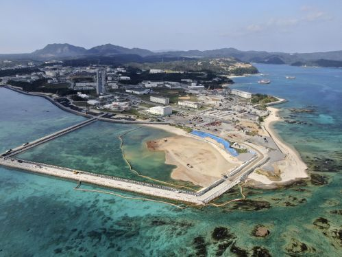 Japanese government looks to alter Henoko construction plan after acknowledging soft foundation, wants to reclaim land in new zone