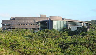 Springer Nature ranks Okinawan graduate university as 10th best research institution worldwide