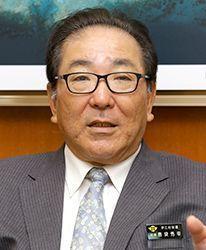 Ie Village mayor speaks up about scope of U.S. parachute drop training in Okinawa