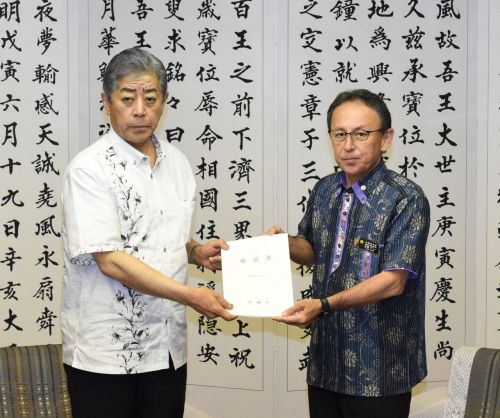 Governor Tamaki once again asks Defense Minister Iwaya to abandon Henoko relocation, but remains at an impasse with Japan unyielding