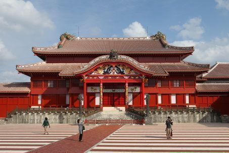 Looking back on Shuri Castle, world heritage site: 450 years of Okinawan politics and culture