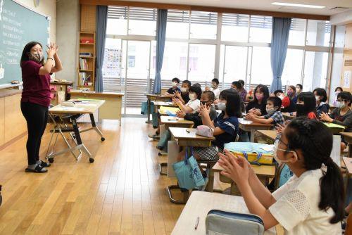 Schools reopen in Okinawa