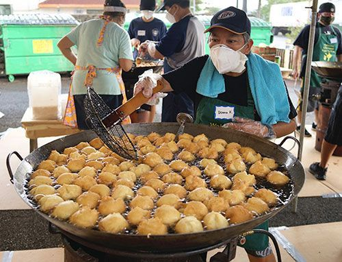 Hawaii Okinawa Association sells 8,400 Okinawan doughnuts in 3 days