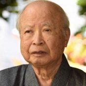 Tatsuhiro Oshiro, first Okinawan to win Akutagawa Prize for work on postwar Okinawa, dies at 95