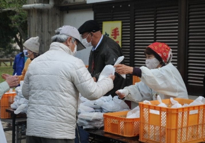 Okinawa Labor Union provides food support over the three-day New Year's holiday for those in economic need