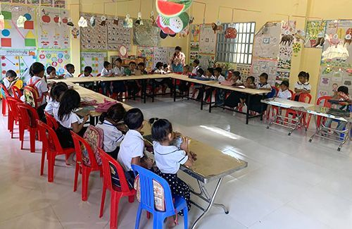 """Preschool in Cambodia opens with the help of Okinawan non-profit, """"An institution to protect the lives of children"""""""
