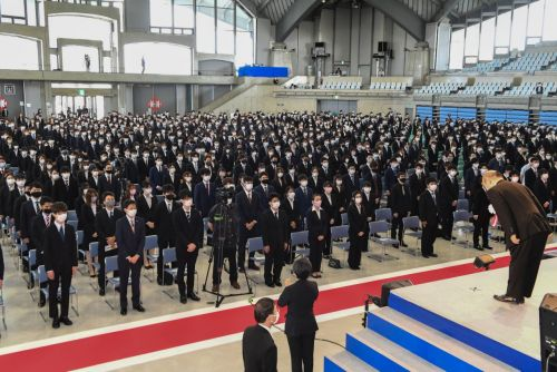 """Finally, for real,"" the University of the Ryukyus has their new student ceremony, which this year includes second-year students"