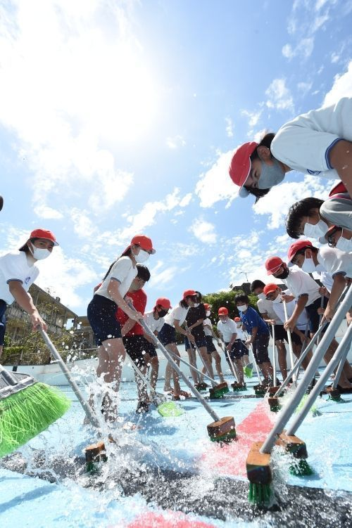 Heatstroke warning in Yaeyama with strong May sun and summer-like conditions