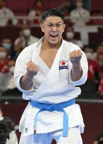 Breaking – Kiyuna wins the gold medal in the Men's Karate Kata, bringing home Okinawa's first Olympic Gold Medal