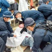 """Nagoya High Court makes """"groundbreaking decision"""" in favor of Okinawa's plaintiffs about riot police in Takae"""